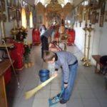 Помощь в уборке храма Беловского района