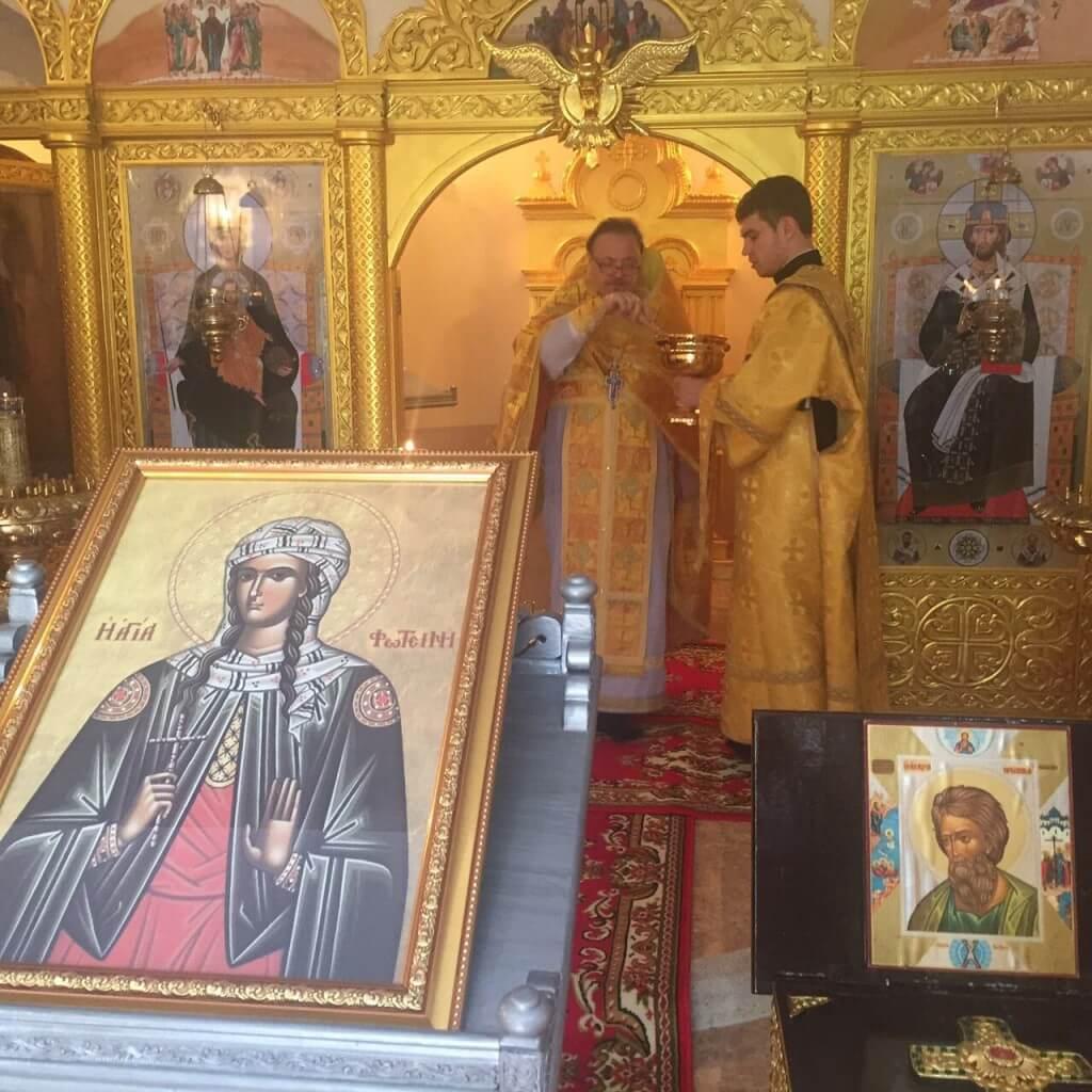 На фото: малое освящение нижнего храма в честь св.мч.Фотинии