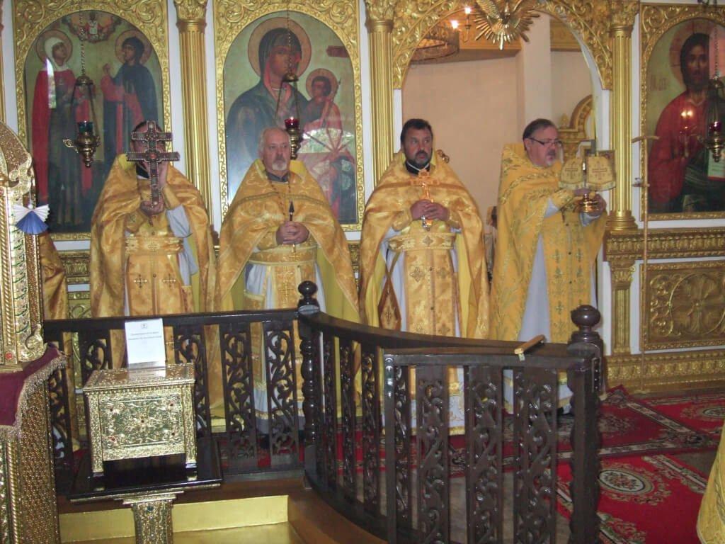 На фото: Празднование 15- летия Православия в Таиланде. Богослужение в Свято-Николаевском соборе гор. Бангкока