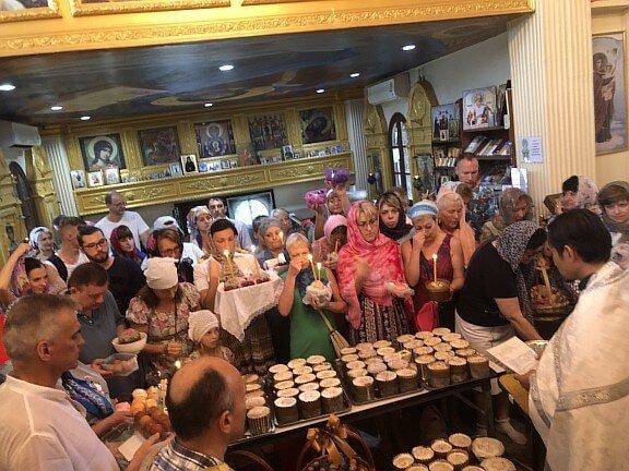 7 апреля в нашем храме была совершена Божественная Литургия св. Василия Великого