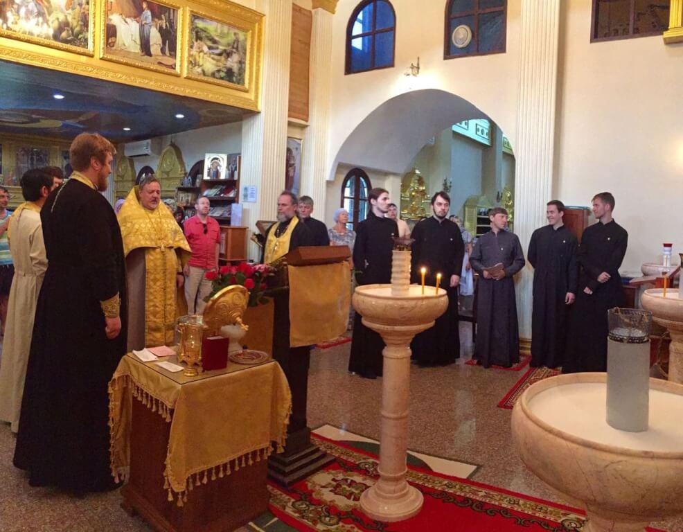Молебен Всем Святым и награждение в честь 100-летия восстановления патриаршества